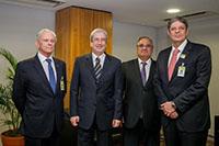 Participando de audiência com o Ministro da Secretaria de Governo da Presidência da República, Antonio Imbassahy, membros da Diretoria da FIEPE e Renato Cunha, Presidente do SINDAÇÚCAR/PE, em Brasília,</br> dia 06/junho/2017
