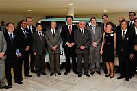 Com o Presidente da República, Michel Temer, Presidente do SINDAÇÚCAR/PE, Renato Cunha, participando em companhia dos membros do Fórum Nacional Sucroenergético, do lançamento da Nissan do automóvel a célula de hidrogênio tendo como fonte o etanol, no Palácio do Planalto em Brasília, dia 13/dezembro/2016