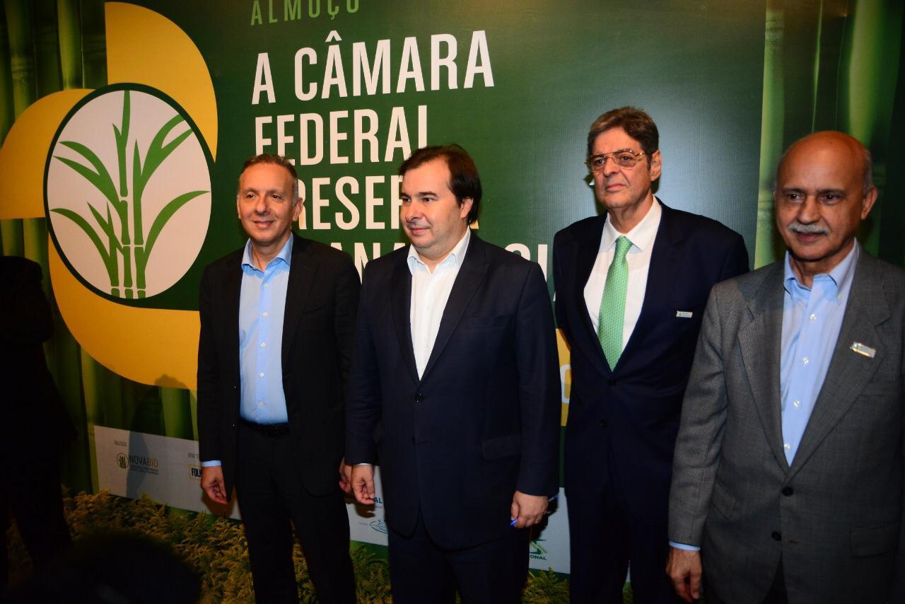 Na Arcádia de Boa Viagem, almoço em homenagem e agradecimento ao parlamentar Rodrigo Maia, com a presença do Presidente do<br> SINDAÇÚCAR/PE, Renato Cunha, e outras personalidades do setor sucroenergético, dia 04/novembro/2019<br />