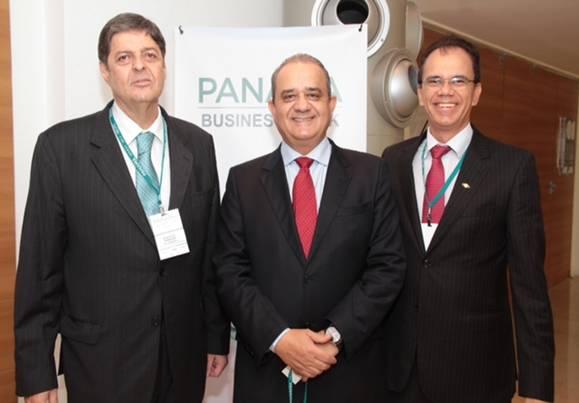 Renato Cunha – Presidente do SINDAÇÚCAR/PE, Aluízio Lessa – Secretário do Governo de Pernambuco e Alexandre Andrade – Presidente da AFCP