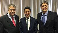 Renato Cunha, Presidente do SINDAÇÚCAR/PE com o Ministro das Cidades, Bruno Araújo, e Gilberto Carvalho Tavares de Melo da Usina Central Olho d´Água, participando de audiência em Brasilia, dia 11/agosto/2016