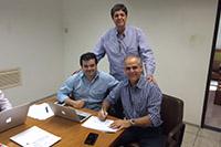 Frederico Pessoa de Queiroz da Agrocan, no dia da eleição para o triênio 2015/2018 do SINDAÇÚCAR/PE, com Renato Cunha, Presidente, e Marcelo Guerra, Superintendente, da Entidade