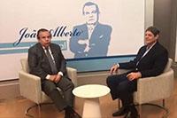 Renato Cunha, Presidente do SINDAÇÚCAR/PE, é o entrevistado de hoje, no programa de João Alberto Informal da TV Tribuna. Fala das atividades instituição e venda direta álcool nos postos, dia 07/julho/2018
